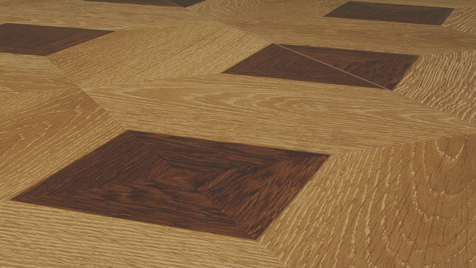 Antique checkered brown laminate floors ferma flooring for Checkered laminate flooring