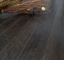 Luxury Vinyl vs. Laminate Flooring – What's the Difference?